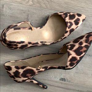 Leopard Print Faux Suede Kitten Heels NWOT S8